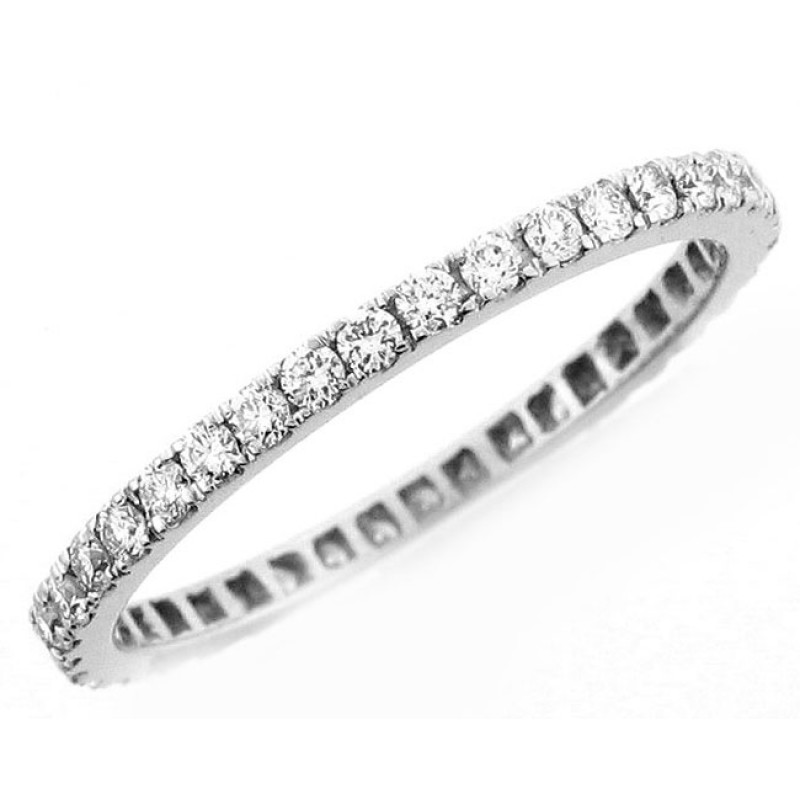 18 KARAT WHITE GOLD DIAMOND WEDDING BAND - WB0428
