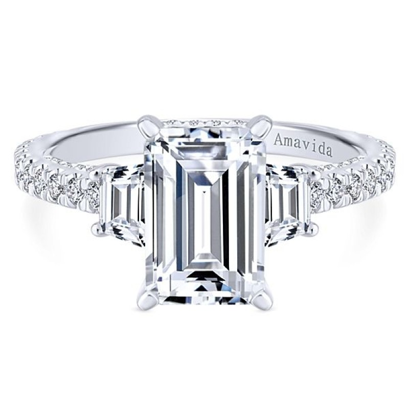 18k White Gold Emerald Cut 3 Stones Diamond Engagement Ring