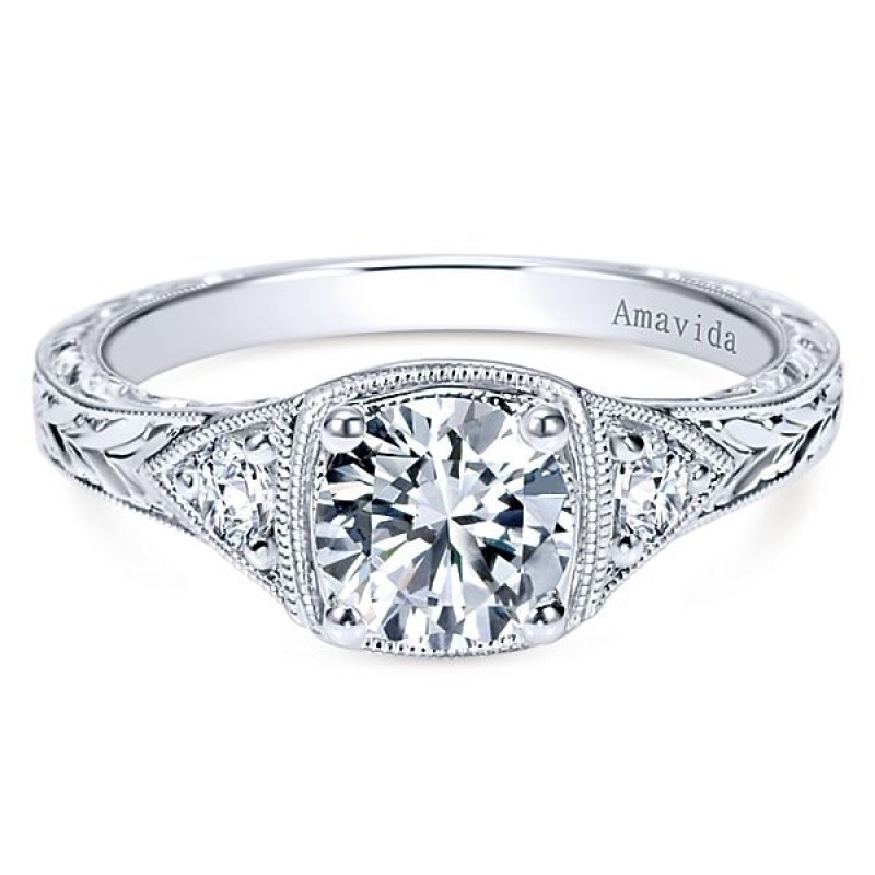 Vintage Platinum Round 3 Stones Diamond Engagement Ring