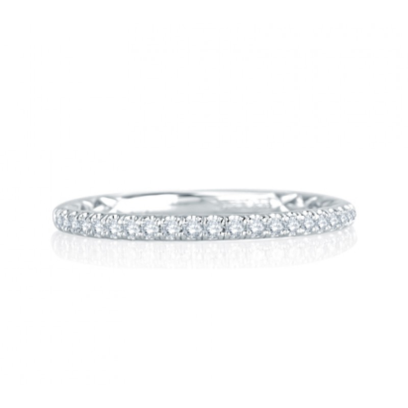 Unique Delicate Quilted Anniversary Band