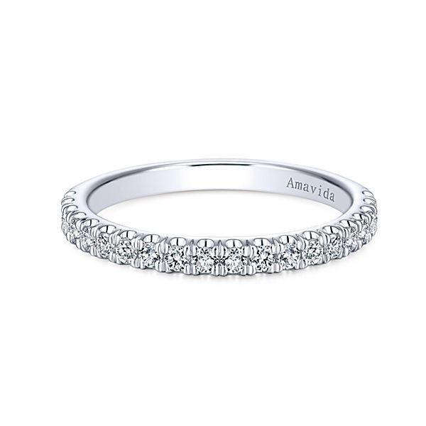 18k White Gold Straight Diamond Wedding Band