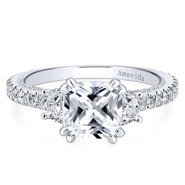 18k White Gold Cushion Cut 3 Stones Diamond Engagement Ring