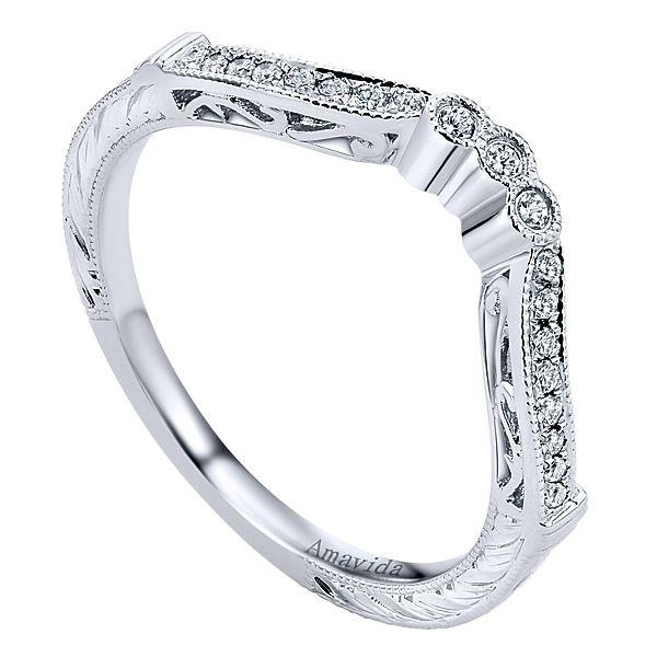 Vintage Platinum Curved Diamond Wedding Band