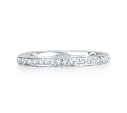Modern Meets Vintage Delicate Quilted Anniversary Band