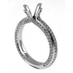 18 KARAT WHITE GOLD WEDDING RING with 110 Diamond(s) 1.11ctw