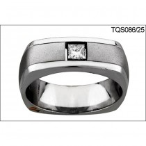 18 KARAT WHITE GOLD GENTS RING with 1 Diamond(s) 0.25ctw