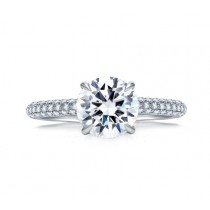 DELICATE PAVÉ ROUND DIAMOND CENTER QUILTED ENGAGEMENT RING
