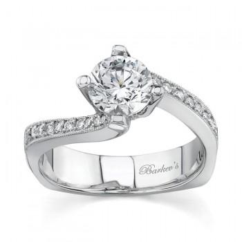 14 KARAT WHITE GOLD WEDDING RING with 22 Diamond(s) 0.19ctw