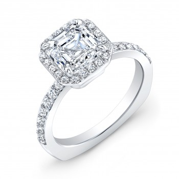 18K White Gold Halo Style Engagement Ring