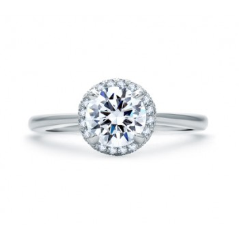 QUILTED PAVÉ ROUND DIAMOND CENTER HALO ENGAGEMENT RING