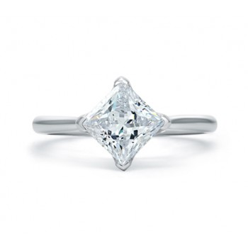 SIMPLE PRINCESS CUT QUILTED ENGAGEMENT RING