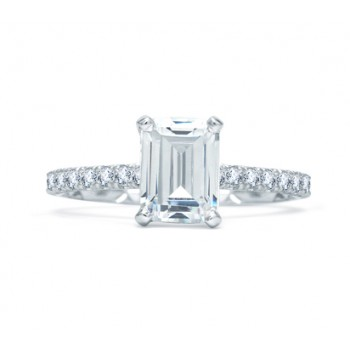QUILTED FRENCH PAVÉ EMERALD CUT CENTER ENGAGEMENT RING