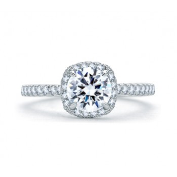 QUILTED ROUND HALO ENGAGEMENT RING