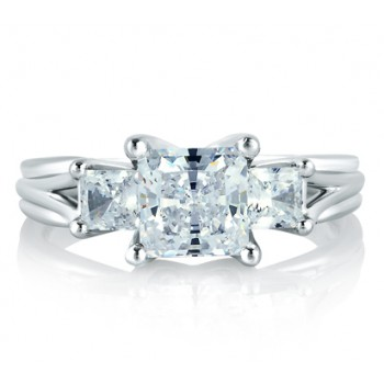 CLASSIC THREE STONE PRINCESS RING