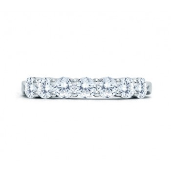 Dazzling Seven Stone Prong Quilted Anniversary Band